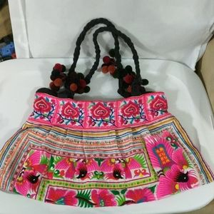 Guatamalan Folk Art Tapestry Embroidered Purse